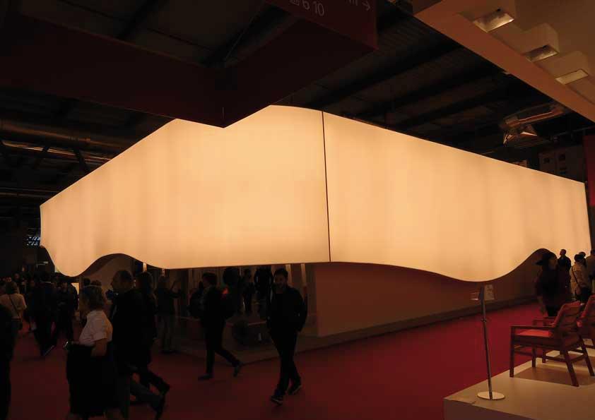 Salone del Mobile - Telo da retro illuminazione sagomato