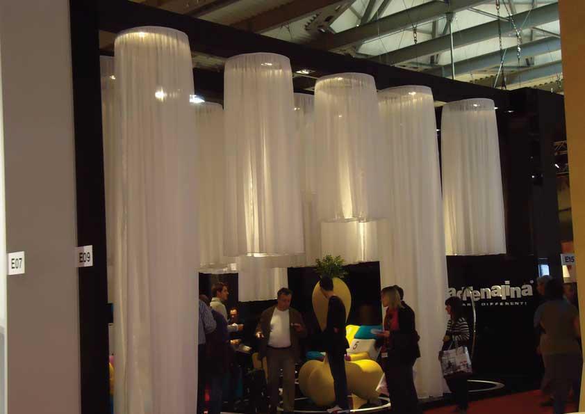 Salone del Mobile - Rivestimento lampade con tela Scenaldo a caduta