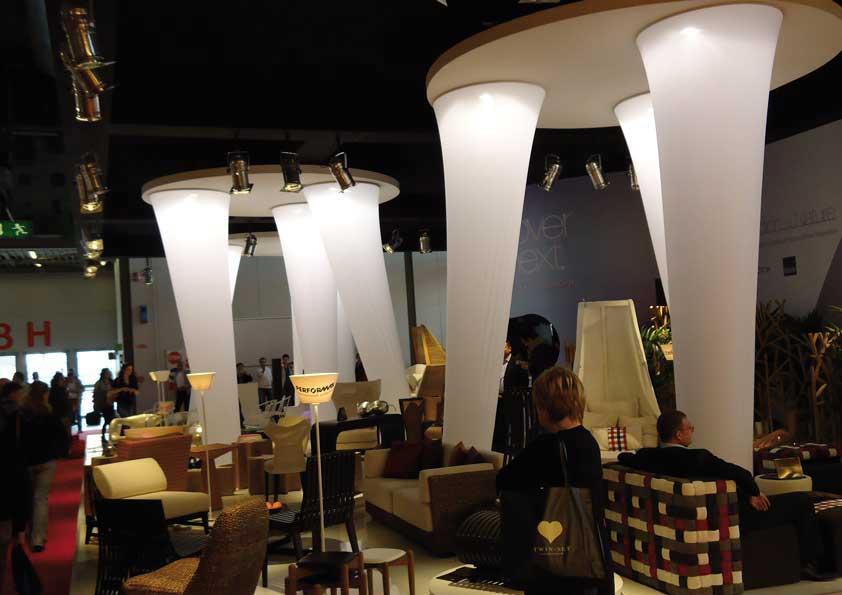 Salone del Mobile - Realizzazione coni in tela stretch