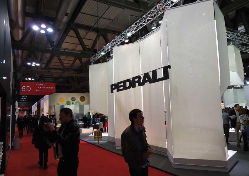 Salone del Mobile - teli in cotone Senaldo per perimetro stand